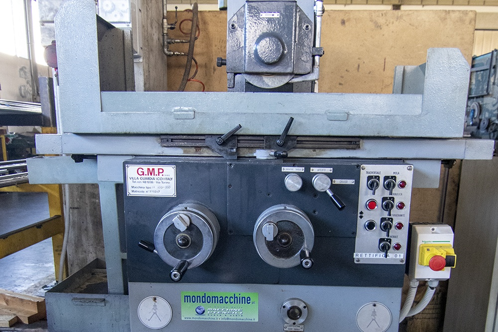 2 MV - Costruzioni Meccaniche - macchinari - GMP SGM 220